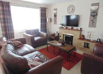 4 bed detached house to rent in Milbury, Earls Barton, Northampton NN6