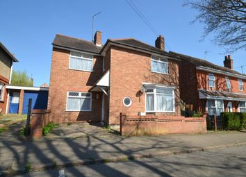 Thumbnail 3 bed detached house to rent in St. Peters Avenue, Kettering