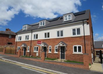Hobs Road, Wednesbury WS10. 4 bed town house for sale