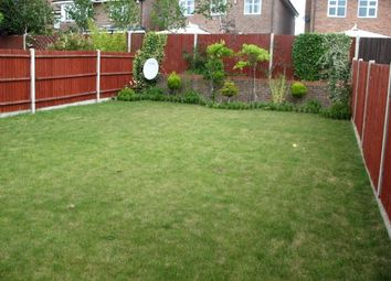 Thumbnail Room to rent in Fauna Close, Stanmore, Middlesex