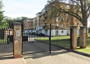 Thumbnail 2 bed flat to rent in Sparkford Gardens, Friern Barnet