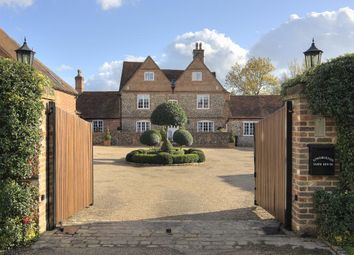 Thumbnail 6 bed property to rent in Harleyford Lane, Marlow