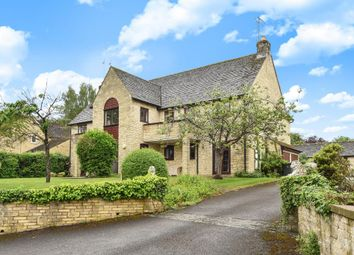 Thumbnail 2 bed flat for sale in Shipton Under Wychwood, Oxfordshire