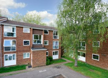 Thumbnail 2 bed flat for sale in Aston View, Hemel Hempstead