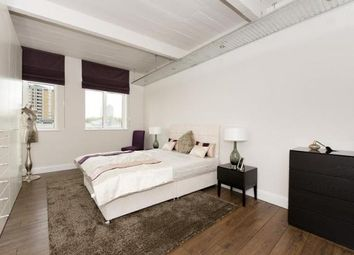 Thumbnail 3 bed flat to rent in Old Street, Clerkenwell, Angel, London