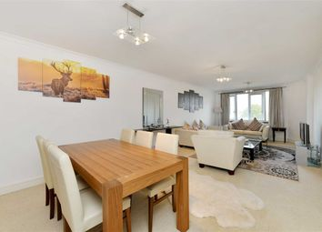 Thumbnail 2 bed flat to rent in Cavendish House, London