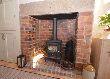 Thumbnail 2 bedroom terraced house to rent in Old Road, Chesterfield