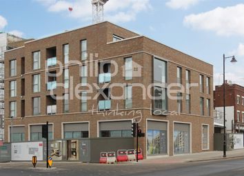 Thumbnail 2 bedroom flat for sale in Smithfield Square, Hornsey