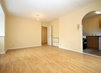 Thumbnail 2 bed flat to rent in Chamberlain Place, London