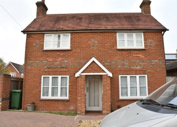 Thumbnail 2 bed cottage for sale in Franklin Avenue, Tadley, Hampshire
