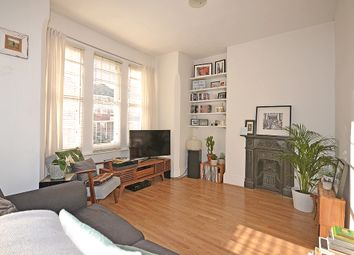 Montague Road, Crouch End, London N8. 1 bed flat