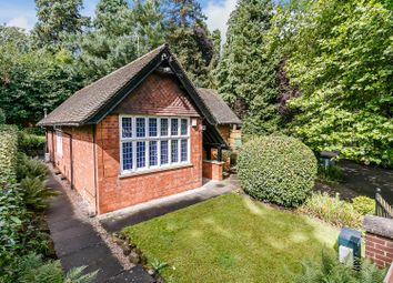 Thumbnail 3 bed detached bungalow for sale in Kenilworth Road, Blackdown, Leamington Spa. Warwickshire