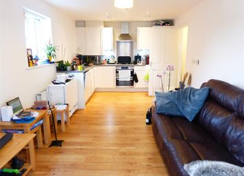 Thumbnail 2 bed flat to rent in Navigation Road, Chelmsford