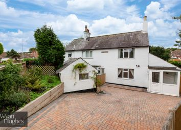3 bed property for sale in Holliers Hill, Bexhill-On-Sea TN40
