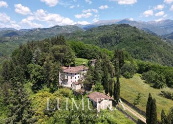 Thumbnail 8 bed country house for sale in Hamlet 20Min From Lucca, Borgo A Mozzano, Lucca, Tuscany, Italy
