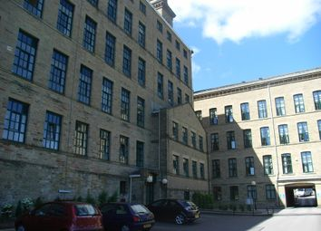 Thumbnail Studio to rent in Victoria Road, Saltaire, Shipley