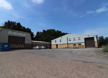 Thumbnail Warehouse to let in Hall Road, Aylesford, Maidstone