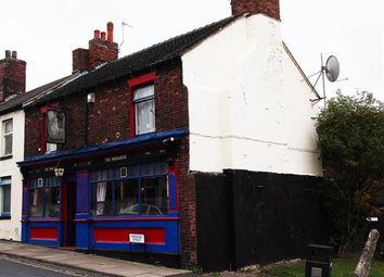 Thumbnail Pub/bar for sale in Staffordshire ST6, Staffordshire