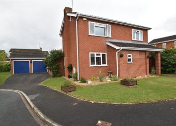 Bullfinch Close, Worcester WR5. 3 bed detached house
