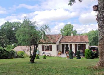 Thumbnail 3 bed property for sale in Boutiers-Saint-Trojan, Poitou-Charentes, France