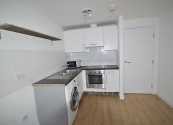 Thumbnail 1 bed flat to rent in The Downs, West Wimbledon
