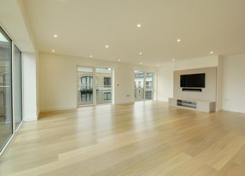 Thumbnail 3 bedroom flat to rent in Parr's Way, Hammersmith, London