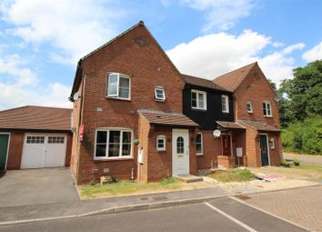 Thumbnail 3 bed property for sale in Breadels Field, Beggarwood, Basingstoke
