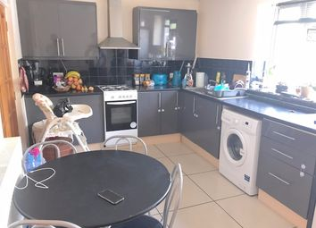 2 bed maisonette to rent in Keith Road, Hayes UB3