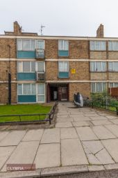 Thumbnail 5 bed flat to rent in Stepney Way, Whitechapel