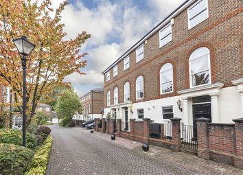 Thumbnail 4 bed flat to rent in King George Square, Richmond