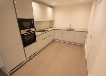 Thumbnail 4 bed town house to rent in Longwater Avenue, Reading
