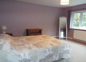 Thumbnail Room to rent in Vicarage Lane, Rm 3, Lichfield