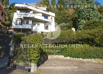 Thumbnail 3 bed villa for sale in Via Panoramica San Pietro, Como (Town), Como, Lombardy, Italy