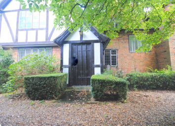 Thumbnail 6 bed detached house to rent in Westerham Road, Oxted