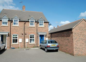 Thumbnail 2 bed property to rent in Highgate Mews, Fairford Leys, Aylesbury