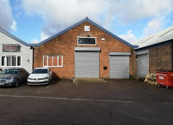 Thumbnail Warehouse to let in Mundells, Welwyn Garden City