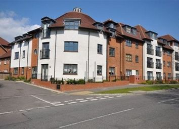 Thumbnail 1 bed flat to rent in Birds Hill, Letchworth Garden City