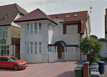 Thumbnail 3 bed flat to rent in Finchley Road, Garden Suburb