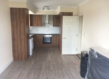 Thumbnail 1 bed flat to rent in Renyolds Avenue, Chadwell Heath