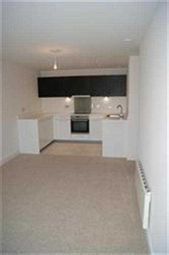 Thumbnail 2 bed flat to rent in Cotterells, Hemel Hempstead