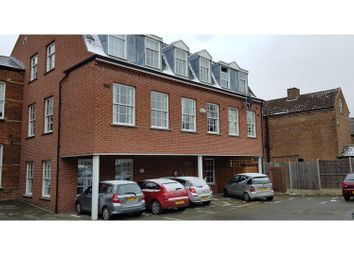 Thumbnail 2 bed flat to rent in 19 The Crescent, Bedford