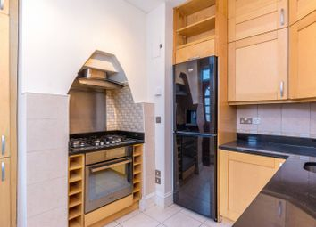 Thumbnail 1 bed maisonette to rent in Graham Road, Chiswick