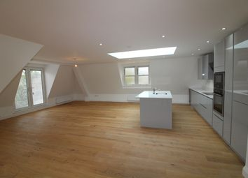 Thumbnail 2 bed flat for sale in Brookmans Avenue, Brookmans Park