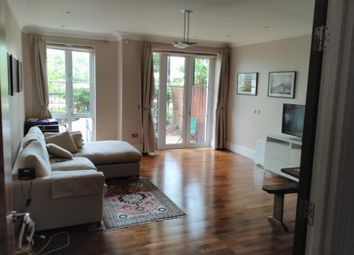 Thumbnail 2 bed flat to rent in Kew, Surrey