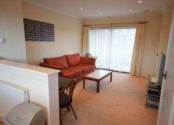 Thumbnail 2 bedroom flat to rent in Burkes Road, Beaconsfield