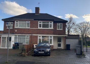 3 bed terraced house to rent in Beverley Drive, Edgware HA8