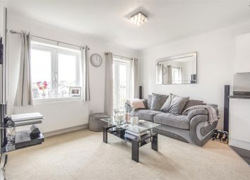 Vernon Close, West Ewell, Epsom KT19. 1 bed flat