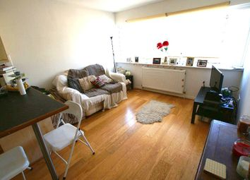 1 bed flat to rent in The Broadway, Cheam, Sutton SM3