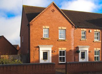 Thumbnail 3 bed property for sale in Bromhurst Way, Chase Meadow Square, Warwick
