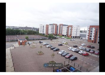 2 bed flat to rent in Ladywell Point, Salford M50